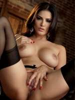 Sunny Leone In Ecstatic Orgasm - Photo 12