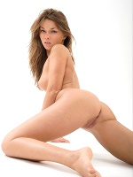 Adriana D By Rylsky Pure Beauty ::: Eroticbeauty :::