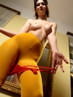 Charlotta Phillip By Slastyonoff In Mellow Yellow - Photo 4