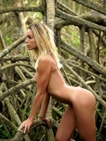 Amber A By Tom Rodgers In Jungle ::: Femjoy :::