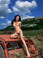 Beata By Valery Anzilov In Closeness ::: Femjoy :::