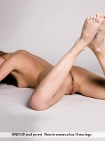 Beata D By Pasha Lisov In The Naked Truth ::: Femjoy :::