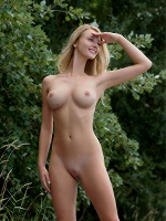Carisha By Stefan Soell In Here I Am ::: Femjoy :::