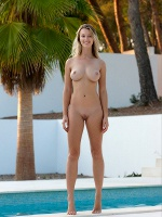 Carisha By Stefan Soell In Swim With Me ::: Femjoy :::