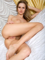Cat Femjoy Exclusive The Golden Rule - Photo 8