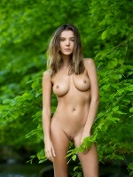 Clover By Stefan Soell In Femjoy - Photo 10