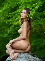 Clover By Stefan Soell In Femjoy - Photo 9