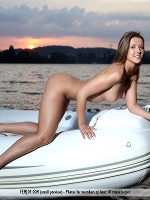 Davina E By Peter Olssen In Follow Me ::: Femjoy :::
