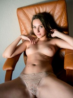 Emmi T By Alexandr Petek In Soft Light ::: Femjoy :::