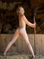 Kala Stefan Soell At The Barn ::: Femjoy :::