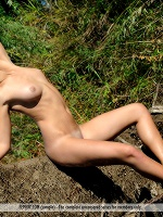 Kendra By Tom Leonard In Forbidden Love ::: Femjoy :::