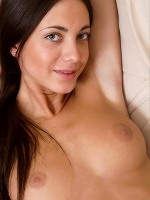 Malvina Alexandr Petek The Night Is Young ::: Femjoy :::