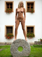 Miela By Andrej Lupin In The Millstone - Photo 10