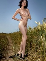 Sabrina By G By Tom Leonard In Field Of Gold ::: Femjoy :::