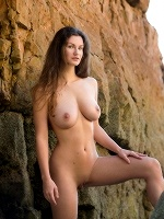 Susann By Stefan Soell In More Than Words Could Ever Say ::: Femjoy :::