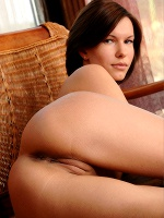 Susi R By Sven Wildhan In Urgent ::: Femjoy :::