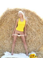 Vika D Molli No Sunflower ::: Femjoy :::