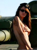 Nicole By Vadim Rigin Comando ::: Metmodels :::