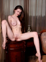 Emily Essentially Nude 2 ::: Mpl Studios :::