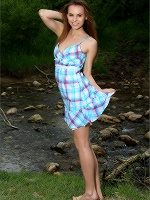 Gracie Creekside With Gracie ::: Mpl Studios :::