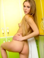 Karissa Diamond The Locker Room 2 - Photo 6