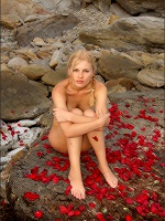 Nika Petals By The Sea - Photo 6