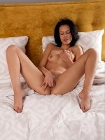 Laina By Koenart In Naora ::: Sexart :::