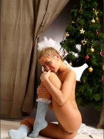 Lilya Satin Christmas - Photo 11