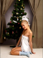 Lilya Satin Christmas - Photo 1