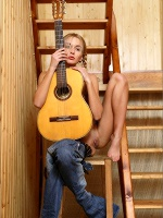 Six String - Photo 8