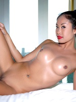 Davon Kim In Gateway To Europe ::: Watch4beauty :::