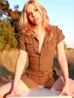 Kala Ferard In Little Table - Photo 2