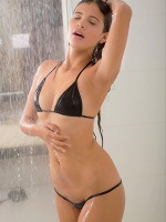 Kiara Lorens In Hot Shower ::: Watch4beauty :::