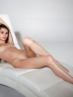 Leona Mia In Skinny Girl ::: Watch4beauty :::