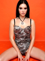 Malena In Like An Orange ::: Watch4beauty :::