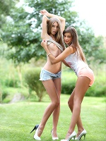 Maria And Abby In Hot Touches ::: Watch4beauty :::