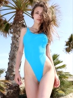 Milla In Malaga Beach ::: Watch4beauty :::