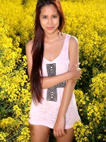 Paula Shy In Colza Field ::: Watch4beauty :::