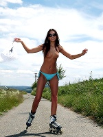 Sabrisse In Roller Skating ::: Watch4beauty :::