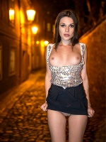Serena In Night Walk ::: Watch4beauty :::